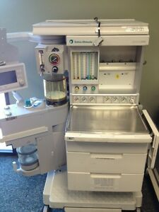 Datex Ohmeda Aestiva 3000 Anesthesia Machine With 7900 Smartvent