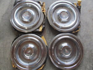 1960 Oldsmobile Nos Gm Hubcaps
