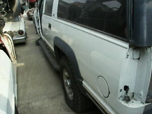 1996 Suburban 2500 4x4 Rear End Differential Gt5 4 10 Ratio Complete