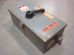 Used Westinghouse F3050 Enclosed Ab D ion Circuit Breaker 50 Amps 600vac