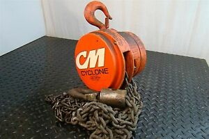 Cyclone 1 1 2 Ton Chain Hoist 446me