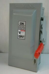 Siemens Fusible Heavy Duty Safety Switch 600volts Ac 30amps Max Hf361n
