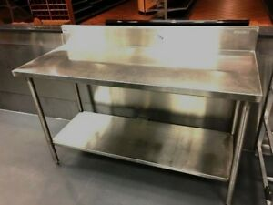 Table Stainless steel With 6 Wall Splash