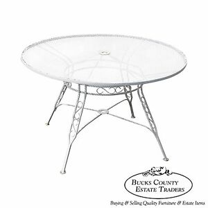 Vintage Round Iron Patio Dining Table A