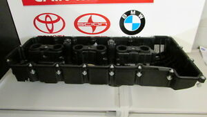 Bmw Oem 07 13 328i Engine Valve Cover 11127552281