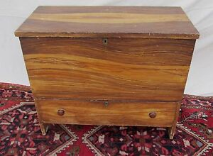 Early 19th C Hepplewhite Grain Painted Antique Pine Blanket Box Chest Maine