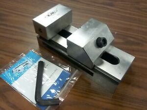 4 x9 1 4 Tool Maker s Precision Screwless Vise 705 04 New