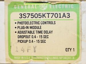 General Electric Ge Plug In Photoelectric Control Module 3s7505kt701a3