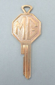 Vintage Mg Yellow Gold Plated Fp Key Mg Fp Keyway