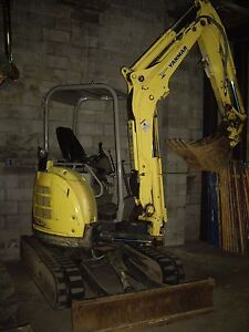 Yanmar Vio 35 With Thumb Mini Excavator 18 Bucket