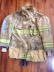 Firefighter Globe Turnout Bunker Coat 42x35 G Extreme Halloween Costume