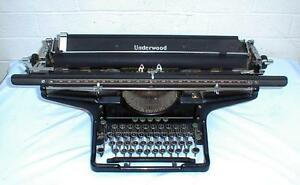 1923 Underwood 3 Typewriter With 26 Carriage