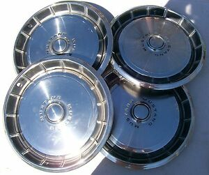 Vintage Hubcaps 1971 73 Ford Mustang Set Of 4 Original