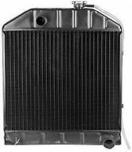 Made To Fit Ford Radiator 8284755 D8nn8005pa 2000 3000 4100 4400 1965 1975