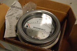 Dwyer 2215 Gauge Differential Pressure 0 15 Psi New In Box