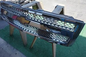 2007 2011 Chevrolet Silverado 1500 Chrome Front Grille Oem 2008 Part 15131717