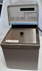 Vwr Scientific Polyscience 1136 Heated Circulating Water Bath 38703