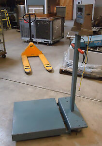 Used Gse Floor Platform Scale W model 350 Indicator