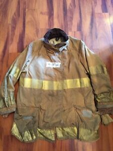 Firefighter Globe Turnout Bunker Coat 44x35 Halloween Costume