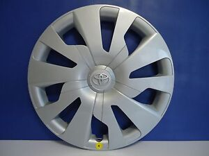 4 2015 Toyota Yaris Factory Wheel Hubcap Cover 15 P N 42602 0d300 Genuine