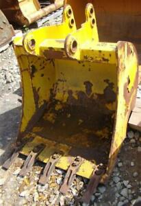 Case 580 30 Backhoe Bucket 45mm 38mm Pins With Teeth