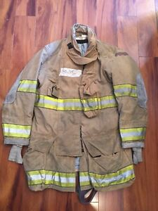 Firefighter Globe Turnout Bunker Coat 40x35 G xtreme Halloween Costume