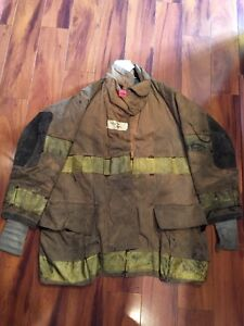 Firefighter Turnout Bunker Coat Globe Size 41x35 Halloween Costume
