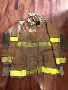 Firefighter Turnout Bunker Coat Globe Size 45x35 Halloween Costume