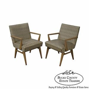 Mid Century Modern Pair Of Russel Wright Design Lounge Arm Chairs A