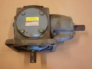 Boston Gearbox 1 1 Ratio Right Angle Gear Box Bottom side