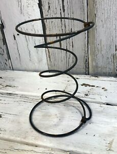 Three Vintage Bed Springs Connected Rusty Hourglass Primitive Country Antique