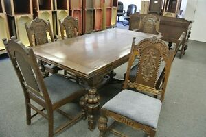 Antique 1920 S Jacobean Style Dinning Room Set