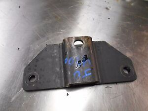 Used John Deere Tractor 4200 Thru 4400 Am122133 Support