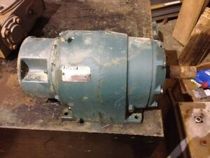 Reliance Electric 140tm16a 70 6 1 Gearbox Speed Reducer