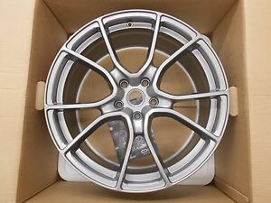 Genuine Ferrari 488 Gtb Forged Multi spoke Wheel Set 70003878