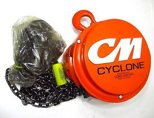 New Cm 4622 1 2 Ton Chain Hoist With Latchlok Hook Cyclone 4622s 8 Lift Usa