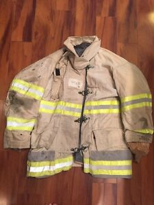Firefighter Globe Turnout Bunker Coat 44x32 White Vintage Halloween Costume