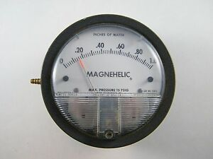 Dwyer Magnehelic Pressure Gauge 2001c Inches Of Water 0 1 0