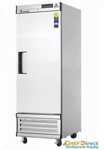 Everest Ebf1d 27 One Section Solid Door Upright Reach in Freezer