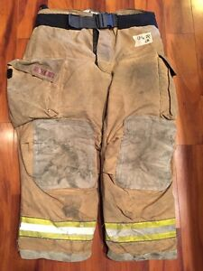 Firefighter Turnout Bunker Pants Globe 44x28 G Extreme Halloween Costume