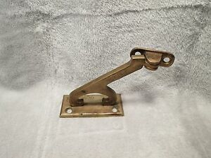 Antique Sargent Co Solid Brass Staircase Handrail Mounting Bracket Old