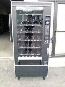 Glass Front National Vendors 158 Snack Vending Machine With 1 5 Bill Acceptor