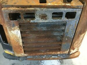 Gehl Rt175 Skid Steer Rear Door W latch Heat fire Exposure P n 50302650