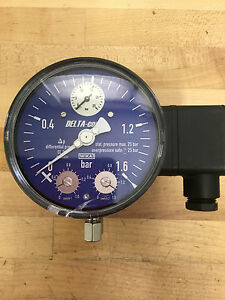 Wika 702 02 100 Pressure Gauge With Alarm Contacts new