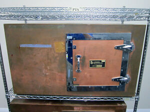 Lindgren Rf Enclosure Tt Table Top Shielded Faraday Chamber 42 X 24 X 24
