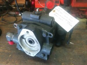 Tennant Hydraulic Pump Cat 369887 74163 For Donor 2001 Tennant 550 Power Sweeper