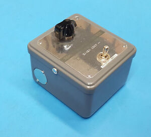 Honeywell s443a 1007 manual Potentiometer w dpdt Toggle Switch 6110 00 519 2972
