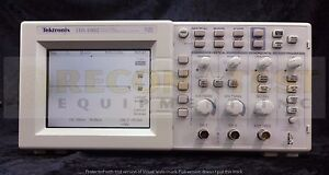 Tektronix Tds 1002 Two channel Digital Storage Oscilloscope 60 Mhz 1 Gs s