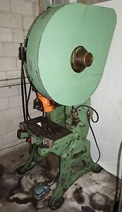 Walsh 38 Ton Punch Press 3 Inch Stroke