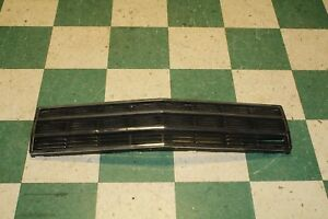 86 91 Grand Wagoneer Grille Factory Oem Grill Front Center Black